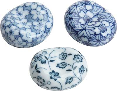 Round Chopstick Rest Assorted Traditional Blue Floral Patterns chopstick rest, round chopstick rest, white chopstick rest, white blue chopstick rest, ceramic chopstick rest, Japanese chopstick rest, chopstick rest Japan